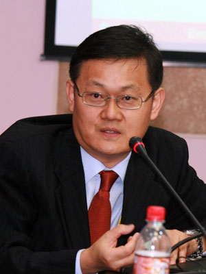 2012 03 14  global economic crisis Jong-Wha Lee